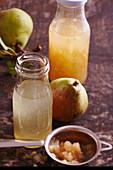 Selbstgemachten naturtrüben Birnenessig ansetzen mit frischen Birnen und Aceto Balsamico Bianco