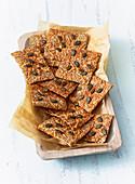 Cheese grain crispbreads