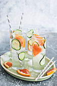Cucumber and grapefruit vodka tonic