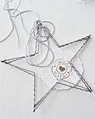 Deko-Stern aus Draht