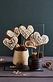 Apple-gingerbread lollies