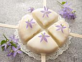 Minikuchen am Stiel