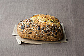 Carrot and yoghurt bread with seeds