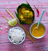 Tofu balls with lemon grass, curry sauce and aromatic rice