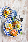 Crispy potato fritter with smoked salmon and fried egg