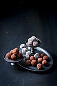 Raw chocolate balls