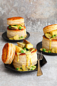 Puff pastry pies with chicken and mushroom ragout
