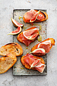 Pa amb Oli: Mallorcan toasted bread with Ibérico ham