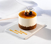 White chocolate mousse with chocolate digestive