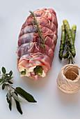 Rotolo di vitello con stracchino e asparagi (veal roulade with stacchino and asparagus, Italy)