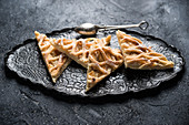 Veganer Apfel-Blechkuchen mit Vanillecreme