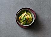 Brokkoli-Kokos-Curry mit Garnelen