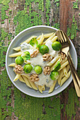 Rigatoni with gorgonzola, brussels sprouts and walnuts