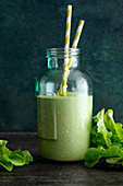 'Brain Booster' with pineapple, lettuce, apple and coconut milk