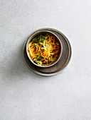 Carrot spaghetti with avocado pesto (one pot pasta)