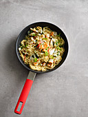 Fried Spanish noodles with prawns (one pot pasta)