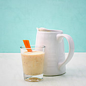 Hot carrot and date milk with oats