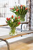 Tulpen in Vasen