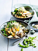 Bibimbap-Bowl mit grünem Gemüse (Korea)