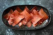 Bündnerfleisch, in Scheiben geschnitten