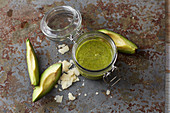 Avocado and walnut pesto
