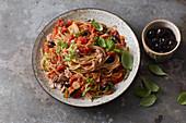 Spaghetti with a tuna and tomato sauce