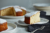 Yoghurt and lemon cake