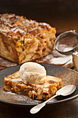 Bread and butter loaf pudding