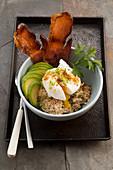 Savoury porridge with a poached egg and avocado