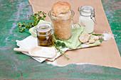 Wildkräuterbrot im Glas gebacken