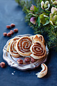 Winter caramel roll with nuts