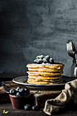 Pancakes with blueberries nad powdered sugar