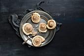 Puff pastry cinnamon buns