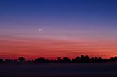 Venus-Jupiter Conjunction, August 18, 2014