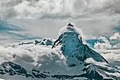 Matterhorn and banner cloud