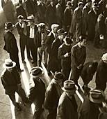 US unemployment benefits queue, 1930s