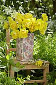 Strauß aus gelben Crispa-Tulpen