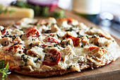 Grilled white pizza with chicken