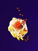 Zander mit Peperonikaviar und Süßholzreduktion (Molekularküche)