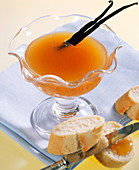 Apricot jelly with vanilla