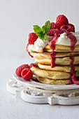 Pancakes with mascarpone and raspberries
