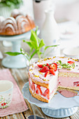 Strawberry cake for Sunday coffee time
