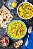 Cauliflower and chickpeas curry (Asia)