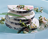 Marinated goat's cheese with onions and chives