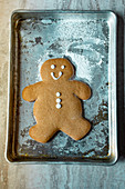 Gingerbread Man Cookie auf Backblech