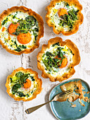 Ricotta tartlets with egg