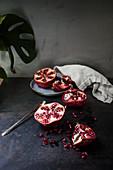 Granatapfel, aufgeschnitten
