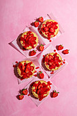 Strawberry tarts with creme patissire