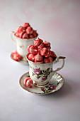 Mini pink meringue
