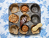 Cookies in baking tray